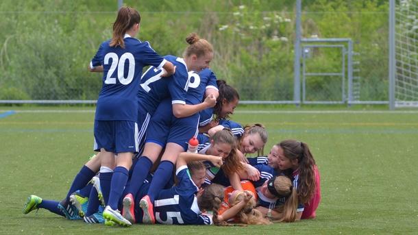 Konsequente Talentförderung und Spitzenfussball FCL Frauen