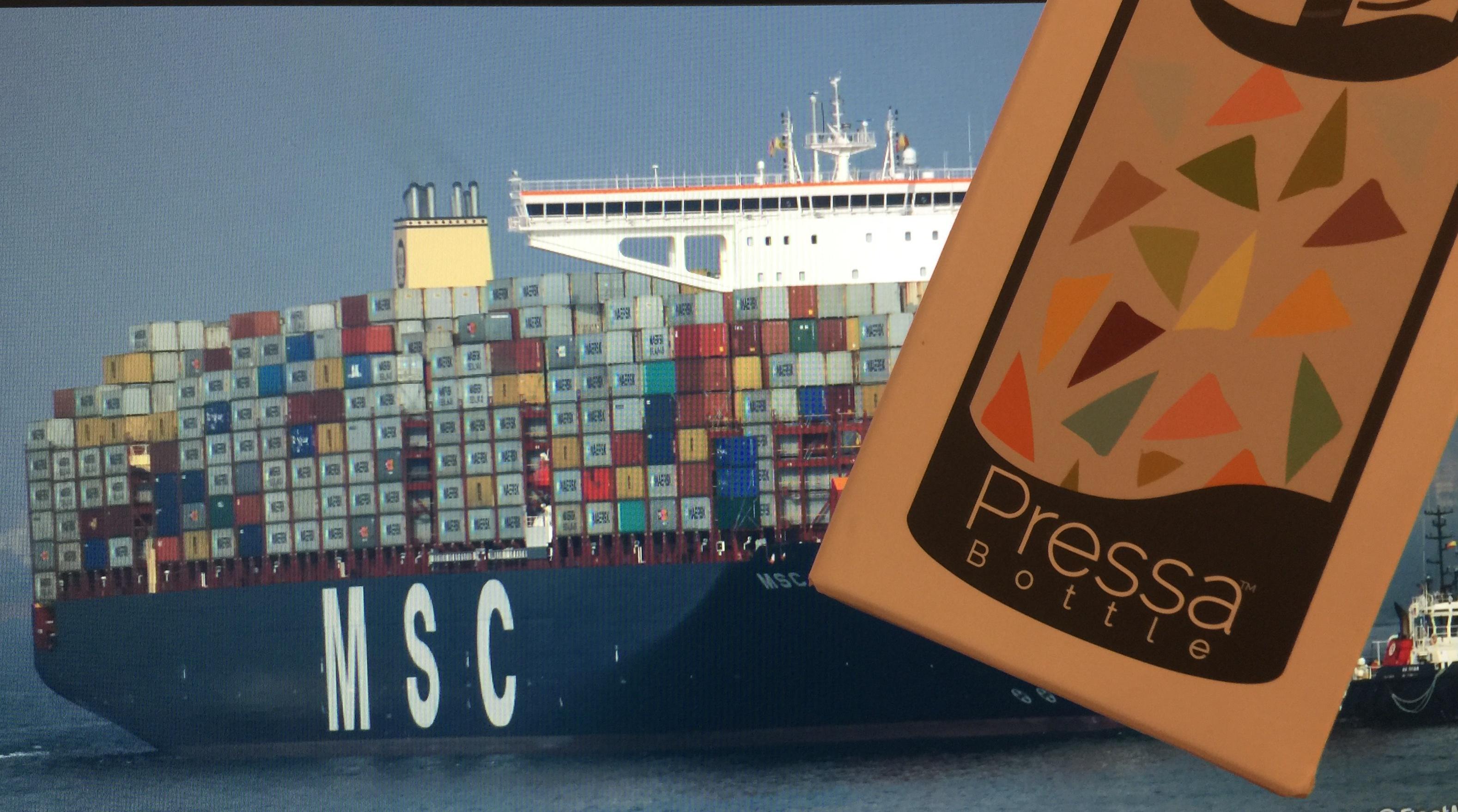 containerschiff_pressabottle.jpg