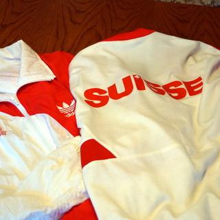 Trainings-Anzug der Schweizer Leichtathletik-Nationalmannschaft der 90 er Jahre