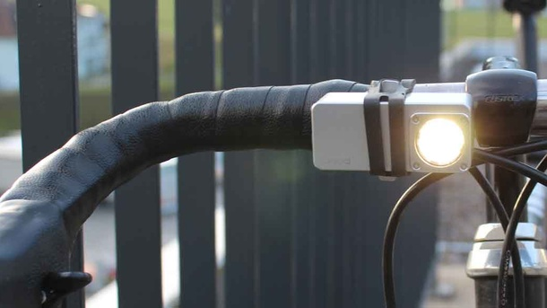 anod | Unilaiz – Outdoorsportlampe aus Obwalden